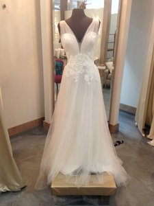 Enzoani Bt17-12 Wedding Dress