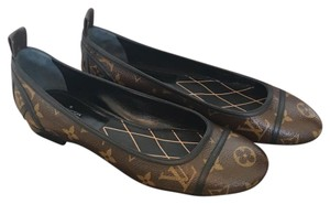 Louis Vuitton Monogram Flats