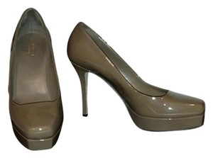 Gucci Vitello Vernice Marron Glac Taupe Pumps
