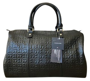 Tommy Hilfiger Quinn Logo Satchel in Black