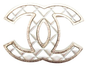Chanel #10789 B16P 2016 XL Large quilted CC gold textured Brooch