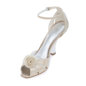 Giorgio Armani Armani Genuine Leather Slim D-orsay Beige Sandals