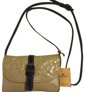 Patricia Nash Designs Cross Body Bag