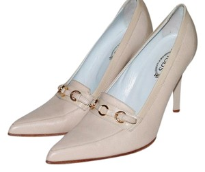 Tod's cream Pumps