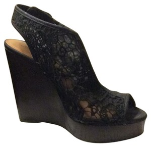 Lucky Brand black lace with brown wooden heel Wedges