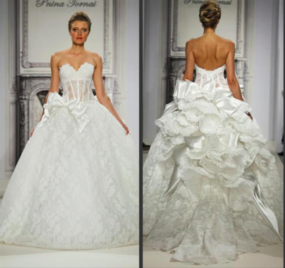 Pnina Tornai Off-white Lace Sweetheart Neckline Ball Gown Style ...