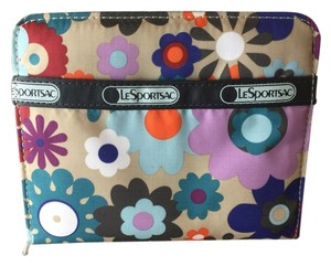 Le SportSac LeSportSac Zip Around Clutch Wallet
