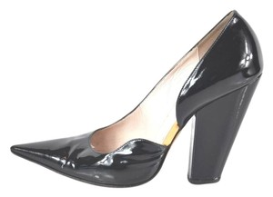 Givenchy Patent Leather Pointy Toe Size 39 Black Pumps