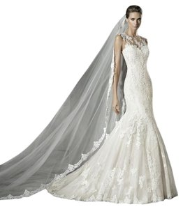 Pronovias Pladie Wedding Dress