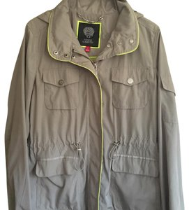 Vince Camuto beige with lime trim Jacket