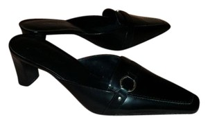 Karen Scott black Mules