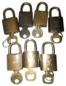 Louis Vuitton 7 Louis vuitton locks and key sets