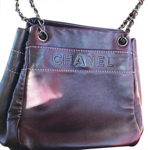 Chanel Tote in plum