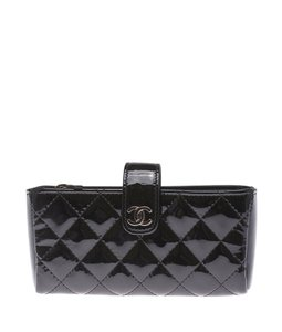 Chanel Chanel Black Quilted Accessory Pouch (116679)