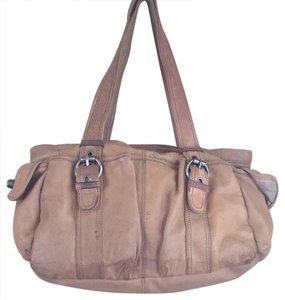 Kenneth Cole Tote in Tan