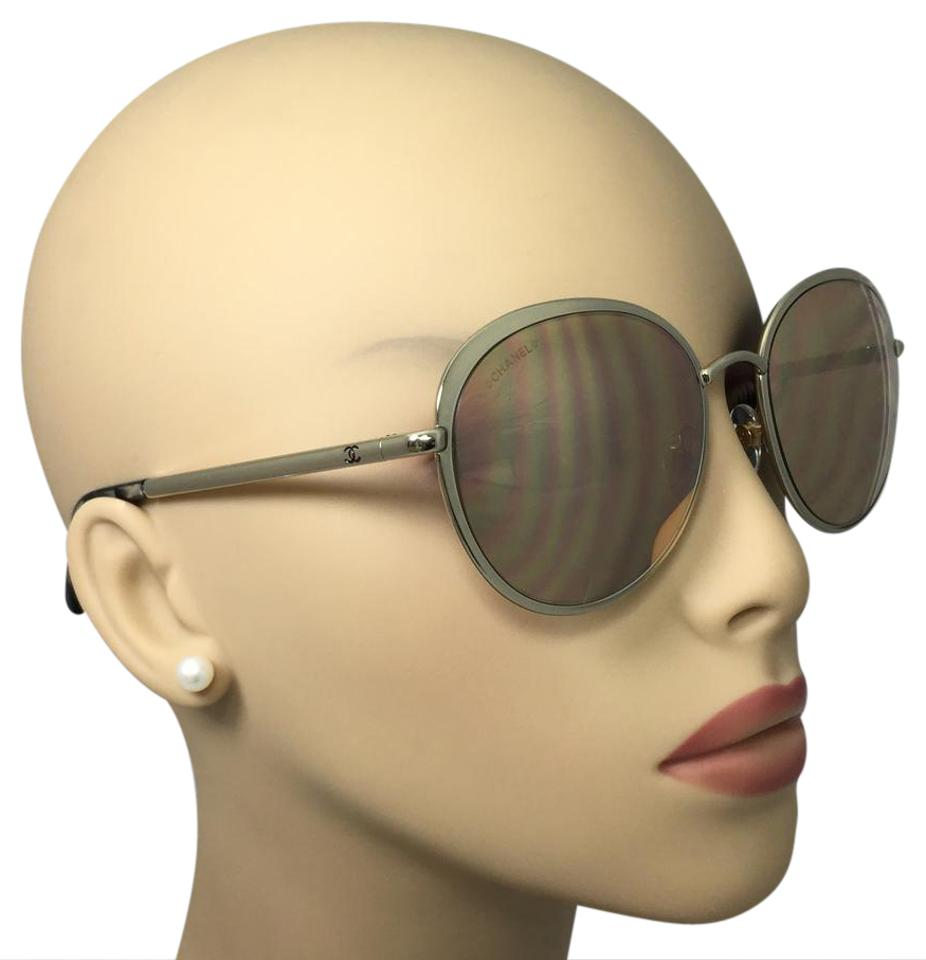 06ad261b6 Chanel Chanel 18-Karat Gold Mirror Lenses Signature Round Sunglasses 4206  55 Image 0 ...