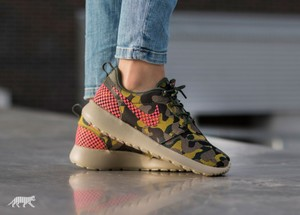Nike Casual Roshe One Camo Prints Walking Multi-color Athletic