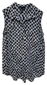 H&M Sleeveless Checkered Button Down Shirt Black, White