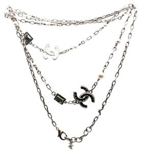 Chanel #10810 extra long CC baguette crystal chain necklace