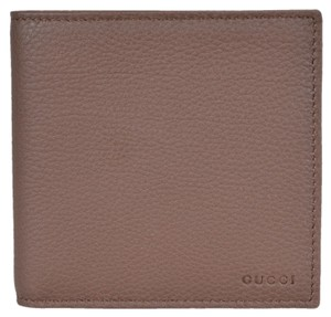 Gucci NEW Gucci Men's 150413 Nut Brown Leather Embossed Logo W/Coin Wallet