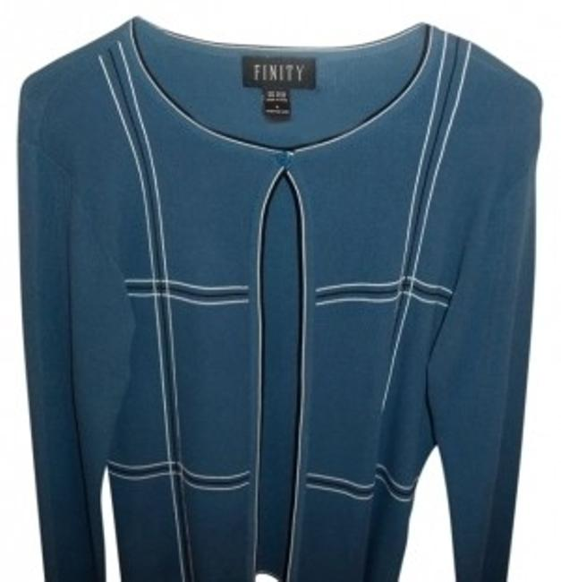 Preload https://item2.tradesy.com/images/finity-medium-blue-one-button-at-the-sweaterpullover-size-12-l-20866-0-0.jpg?width=400&height=650