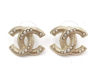Chanel Chanel Gold Textured CC Pearl Piercing Earrings