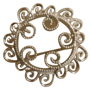 Sarah Coventry Silver plated broach