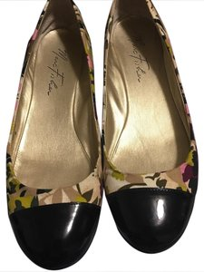 Marc Fisher multi Flats