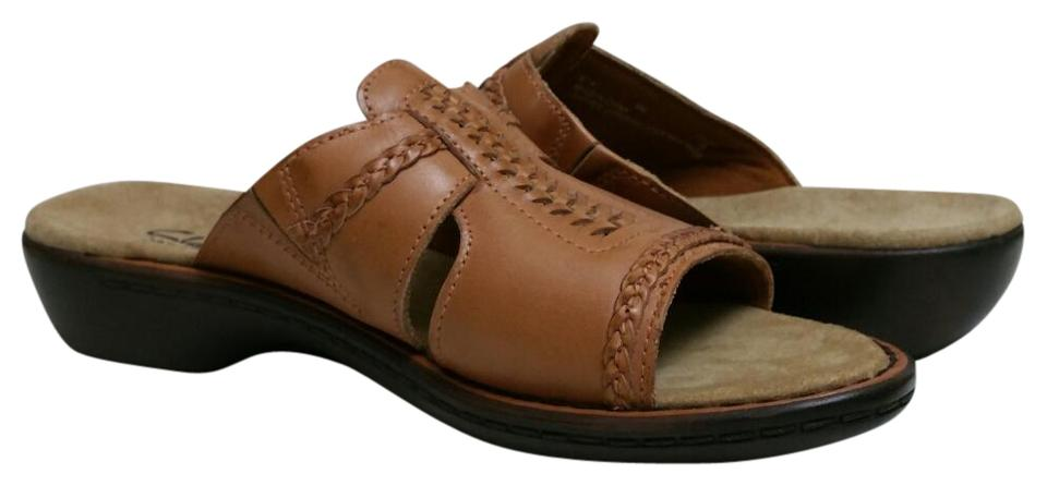 90325a37f02 Clarks Taupe Bendables Sandals Size US 8 Regular (M