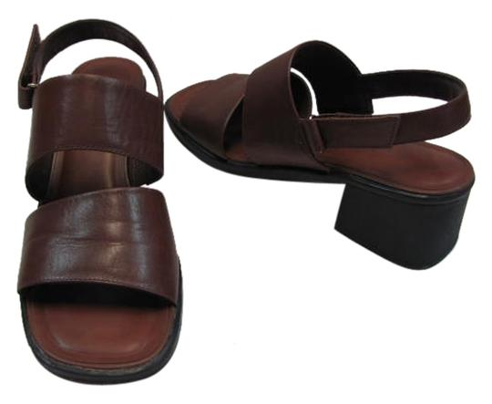 Naturalizer Leather Size 10.00 Narrow (Usa) Good Condition BROWN Sandals