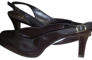 Alex Marie Brown (Fudge) Pumps