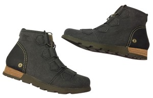 Sorel Wet Sand Major Lace Women Black Boots