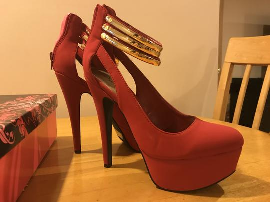 Qupid RED Pumps Image 1