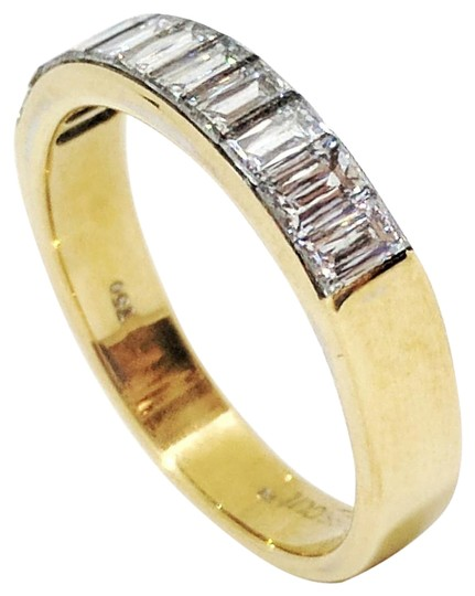 Preload https://img-static.tradesy.com/item/20870848/18k-yellow-gold-crisscut-diamond-ring-0-5-540-540.jpg