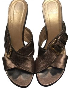 Stuart Weitzman Otter Washed Nappa Wedges
