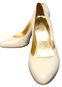 Cathy Jean Leather Nude Gold Heels Gold Nude Pumps