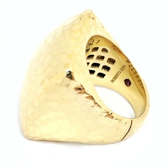 Roberto Coin Roberto Coin Martellato 18K Gold Hammered Square Large Dome Ring Image 6