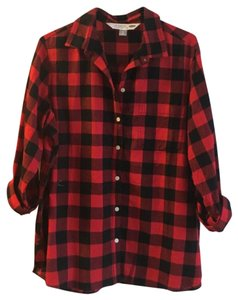 Old Navy Button Down Shirt black and red