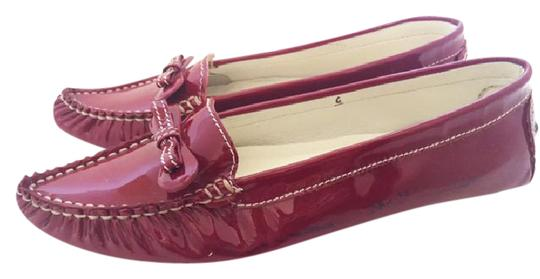 Preload https://img-static.tradesy.com/item/20871763/marc-by-marc-jacobs-patent-red-ribbon-detail-loafers-flats-size-us-6-0-1-540-540.jpg