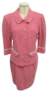 St. John ST JOHN COLLECTION Coral/Pink Skirt Suit w/ Cream Ribbon Knit In Sz 12