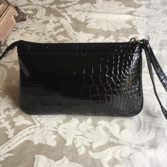 Guess Wristlet Image 1