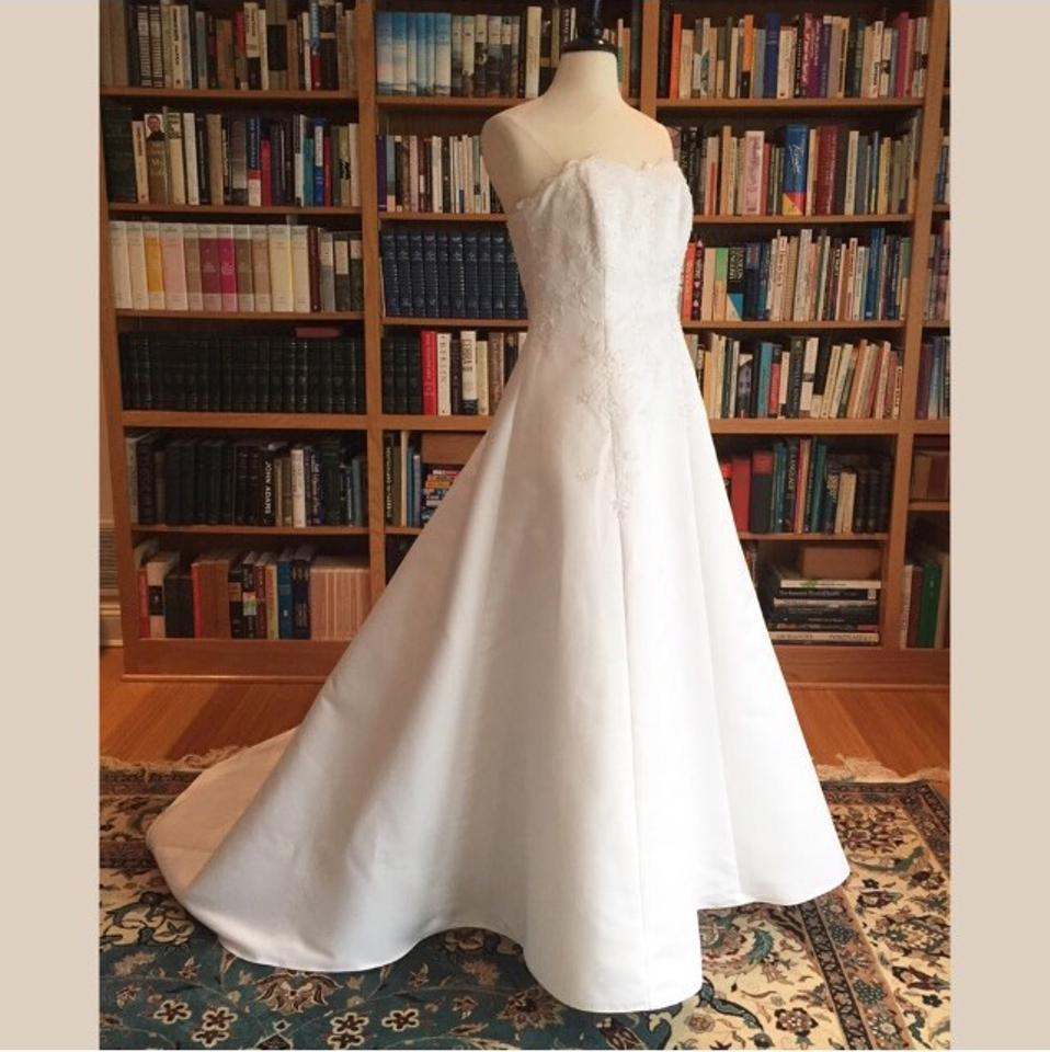 Red And White At David S Bridal Wedding Dress: David's Bridal Solid White Poly T8763r Traditional Wedding