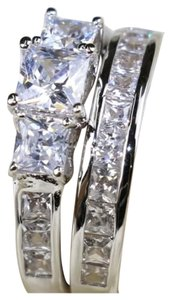 Other New 2pc Zircon White Gold Filled Ring Set