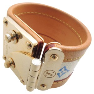 Louis Vuitton Beautiful Bracelet Serrures Cuff SZ S,retail $650