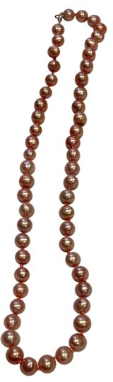 Preload https://img-static.tradesy.com/item/20873546/pink-cultured-pearls-necklace-0-1-540-540.jpg