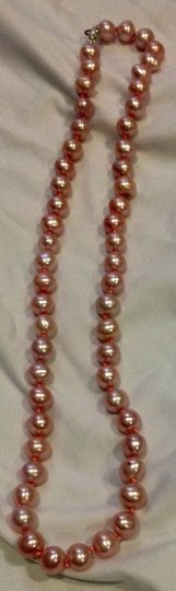 Other pink pearl necklace Image 1