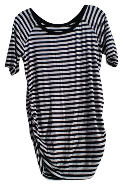 Preload https://img-static.tradesy.com/item/20873555/motherhood-maternity-black-and-white-stripes-maternity-top-size-8-m-29-0-1-650-650.jpg