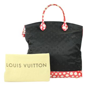 Louis Vuitton Infinity Dots Infinity Vernis Sprouse Satchel in Red