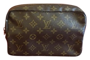 Louis Vuitton Louis Vuitton trousse vintage 23