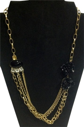 Preload https://img-static.tradesy.com/item/20873664/black-gold-chain-and-flower-1920-s-art-deco-necklace-0-1-540-540.jpg